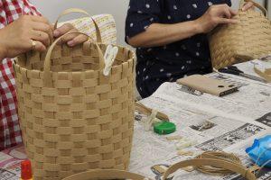 堺筋本町でダストボックスを作りましょうダストボックス制作中