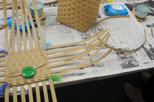 堺筋本町でダストボックスを作りましょうダストボックス底作成中
