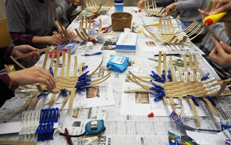 堺筋本町でバスケットを作りましょう・底作り