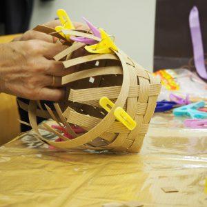 プチ・パイでバスケット作り~側面の輪っか編み上げ